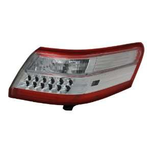 TYC 11 6330 91 Toyota Camry Replacement Left Tail Lamp