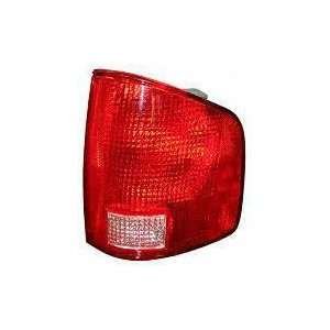 02 04 GMC SONOMA PICKUP TAIL LIGHT RH (PASSENGER SIDE) TRUCK