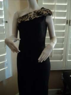 St. John Collection One Shoulder metallic Knit Gown with Bow ( Size 6