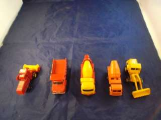 Lesney Matchbox Miniature Cars Carrying Case Set Includes 37 Cars Dump