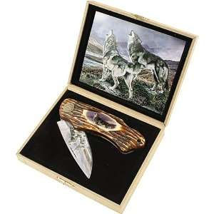 Howling Wolves Collector Folding Knife