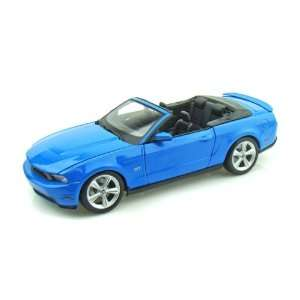 2010 Ford Mustang Convertible 1/18 Blue Toys & Games