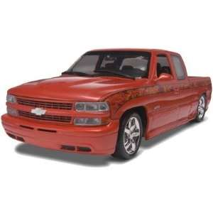 125 99 Chevy Silverado Pickup Toys & Games